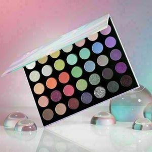 BNIB LE Morphe 35I Icy Fantasy Eyeshadow Palette!!